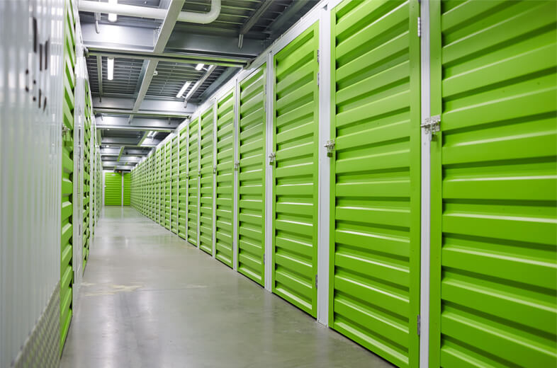 Can a car be stored in a storage unit?